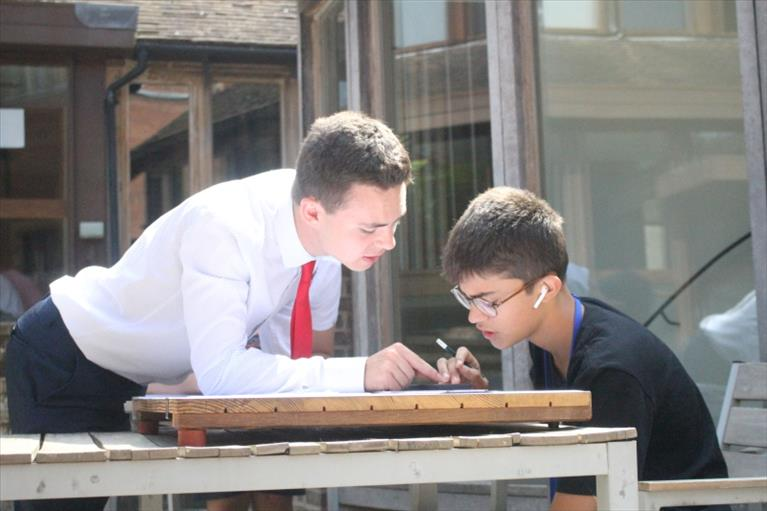 Grab Hold of the Future with the Best Science Summer Camp in Cambridge
